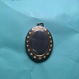 Jewelry - Locket ❤️